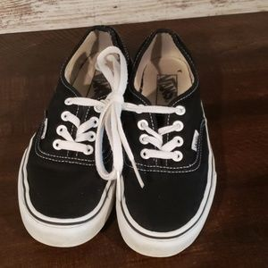 Vans Black and white shoes Mens 5 womens 7